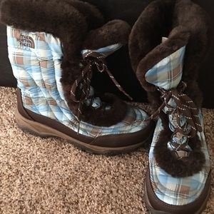 The North Face fur lined snow boots